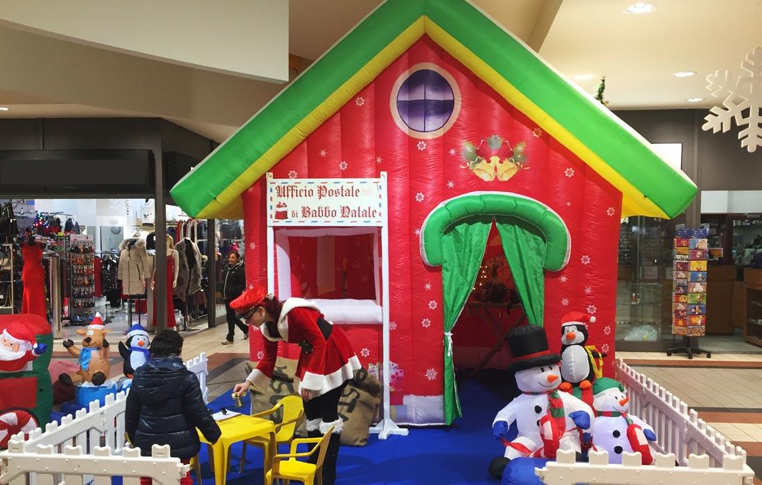 Noleggio gonfiabile ufficio di Babbo Natale